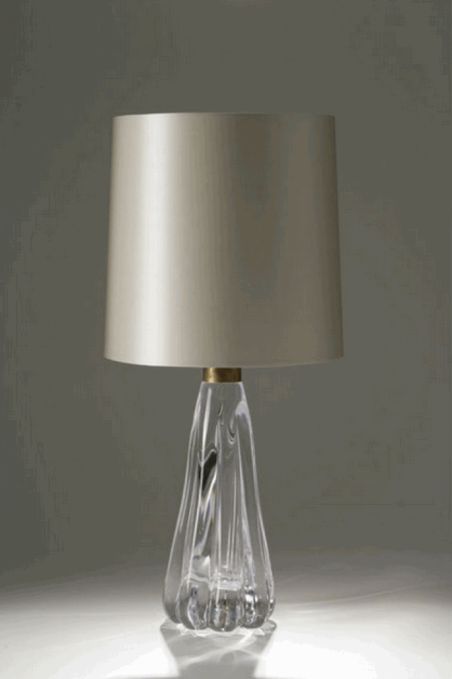 Marvelous CLEAR GLASS JELLY MOULD TABLE LAMP