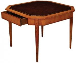 OCTAGONAL SHAPED GAMES TABLE
